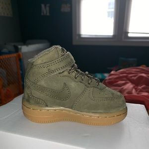 Air Force 1 Olive Green